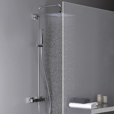 Colonne de douche thermostatique chromée, Plusieurs modèles disponibles