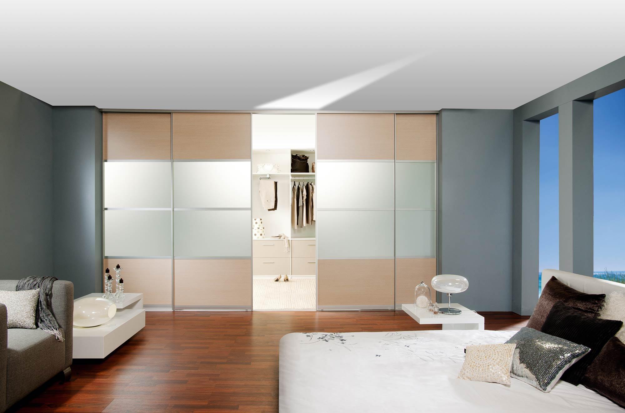 Beau armoire chambre porte coulissante miroir for Porte coulissante chambre