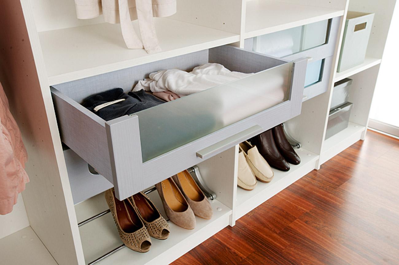 rangement classique meubles de salle de bains baignoires fabricant fran ais cedam. Black Bedroom Furniture Sets. Home Design Ideas