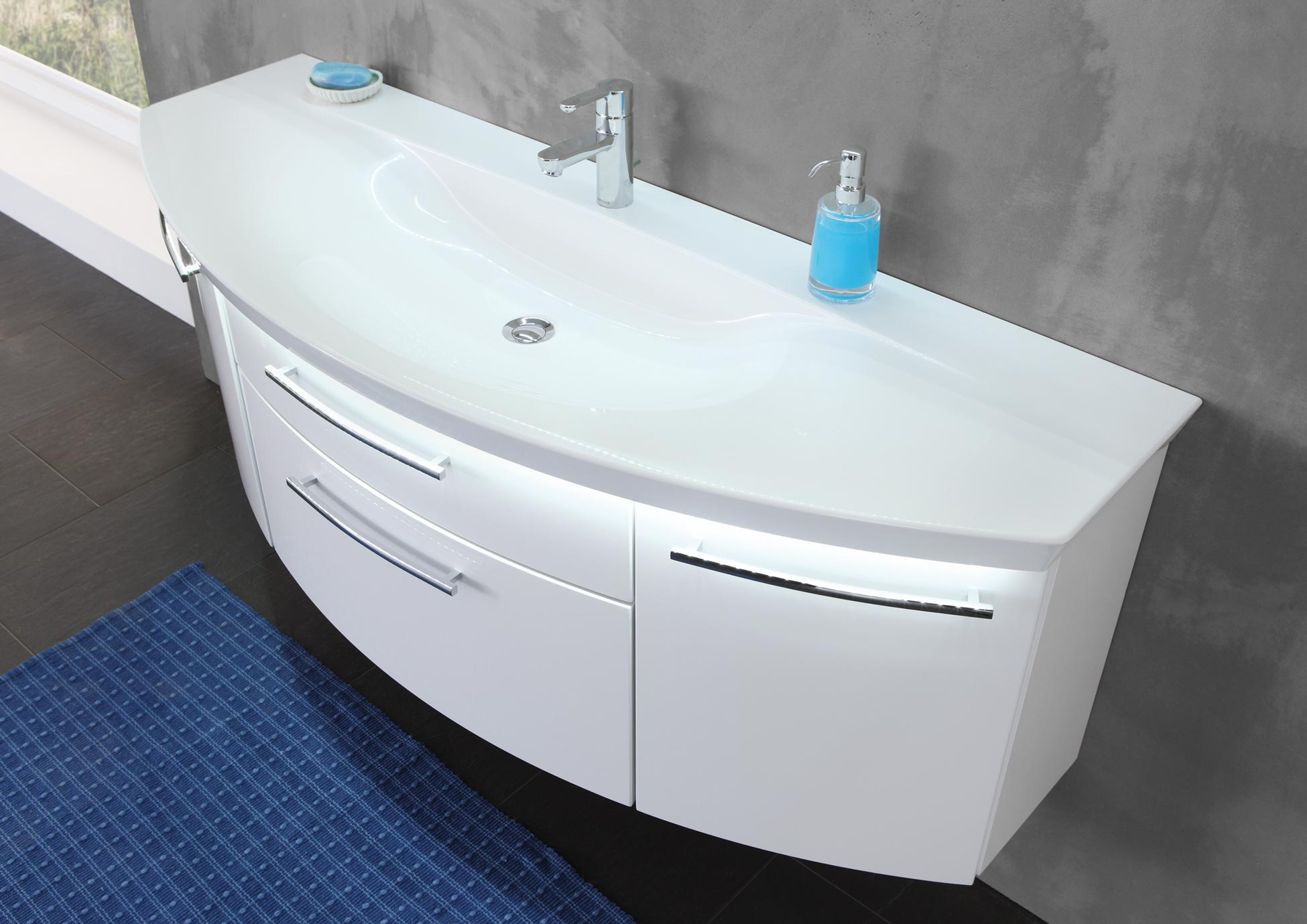 eternity meubles de salle de bains baignoires. Black Bedroom Furniture Sets. Home Design Ideas
